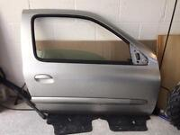 Renault Clio O/S/F door off a 3dr
