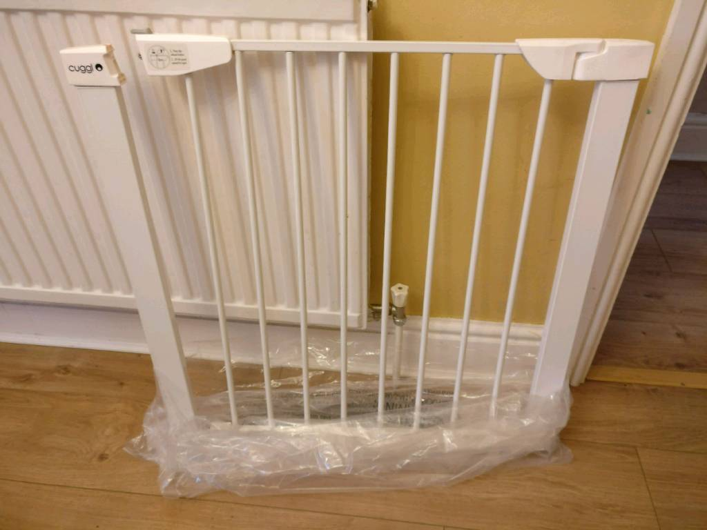 Cuggle Stair And Doorway Gate 2 For Sale In Hale Manchester