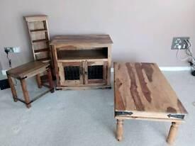 Pine lounge items