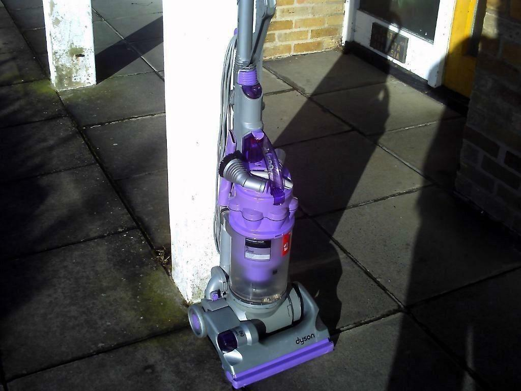 Dyson Dc14 Animal Upright Vacuum Cleaner In Hythe