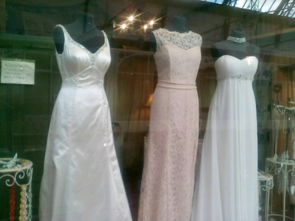 £99-£499 off the peg bridal gowns