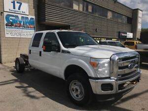 2013 Ford F-350 XLT Crew Cab Cabin Chassis LWB 4X4 Gas