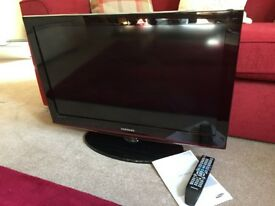 "Black Samsung 32"" LCD Tv"