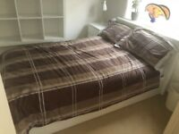 White Queensize Bed (160x200) + mattress !!! Mint condition - white leather style