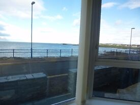 To Let Modern 3 Bedroom Apartment with Stunning Sea Views