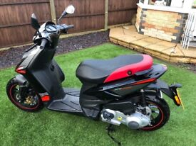 Aprilia SR125 Motard 64 plate (very low mileage)
