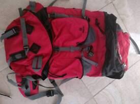 Trespass levitate 65 backpack