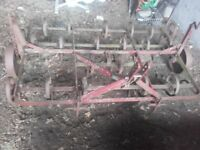 Tractor spring tine cultivator