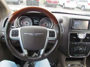 2012 Chrysler Town & Country Limited   NAV   CAM   LEATHER   ROO London Ontario image 12