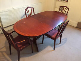 **Delivery £10** Extendable Mahongany Table & Chairs