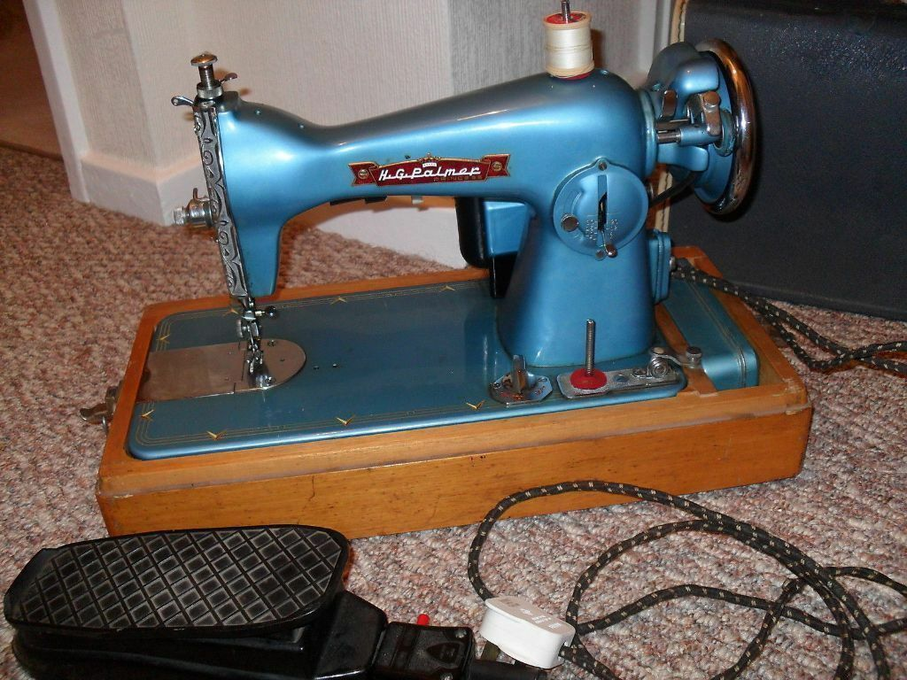 H g palmer princess vintage electric sewing machine case for Arts and crafts sewing machine