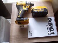 "DEWALT 18V IMPACT DRIVER AND 4.0 amp BATTERY ""NEW"""
