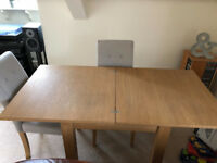 Next Malvern, 4-6 seater, 'square to rectangle', dining table in Oak finish, plus 2 chairs