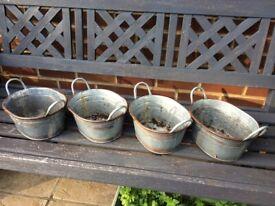4xmetal planters / pots
