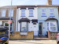 FOR SALE - DOVER ROAD, NORTHFLEET, GRAVESEND, KENT - OIRO £260,000