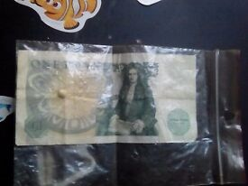 Rare isac newton 1 pound note