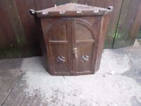 Small Castle Style corner Unit Delivery Available £10