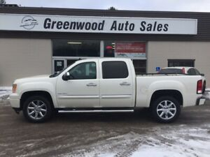 2013 GMC Sierra 1500 Denali LOADED LEATHER, NAVI BACKUP CAM