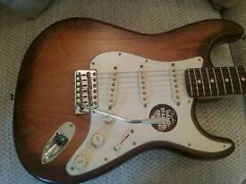 FENDER STRATOCASTER AMERICAN SPECIAL, 2014, MADE IN USA, SATIN HAND FINISH, SHOWROOM CONDITION.