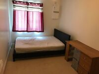 A stunning double room to let for single person at very cheap rent