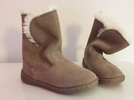 Baby Gap Girls Boots Size 11