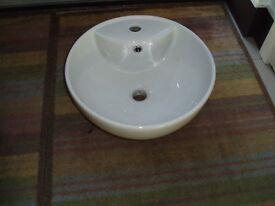 New Round White Ceramic Counter Top Basin