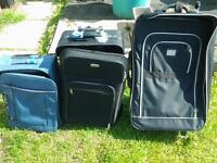 suitcases x3 vgc £10 ono