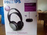 Phillips wireless headphones. Never used not Bluetooth