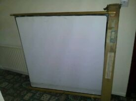 Boxed Vintage lightweight projector screen