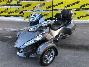 2012 Can-Am Spyder RT Audio & Convenience