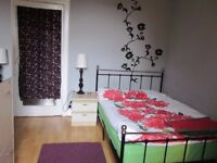 Double bedroom in Sciennes/Meadows available until February
