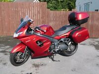 Triumph Sprint 1050 GT SE; 3 Years old on 02 Sept; but almost like new !!!