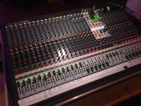 Behringer XL3200 Sound Desk Mixer Mixing Live 32 Channel + Flight Case + Light
