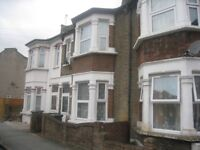 ****AMAZING 3 BEDROOM HOUSE TO LET****