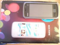 Nokia 5230 never used, complete and boxed