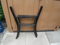 CAST IRON SEAT / BENCH ENDS