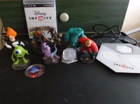 Disney Infinity PS3 Game, with figures and portal