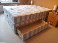 Little used king size bed and Sleepmasters mattress