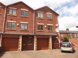 4 Bed house to rent (Close to Hospital)