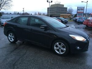 2013 Ford Focus SE A/C MAGS BLUETOOTH CRUISE CONTROL 75,000KM