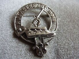 vintage old collectible silver war badge brooch, AUTAGERE AUT MORI