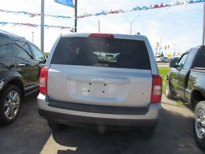 2015 Jeep Patriot Sport/North * 4X4 * ONE OWNER London Ontario image 5