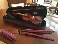 GEWA Allegro 3/4 size violin barely played, with case, chin rest and music stand