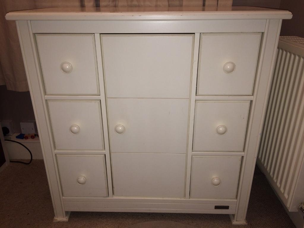 Mamma's and Pappa's nursery drawers