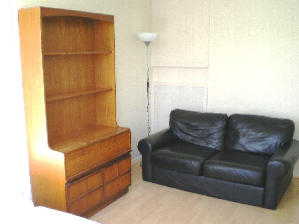 Large double room in friendly house-share available for a single person (all bills included).