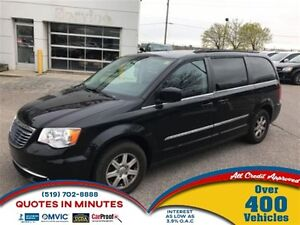 2012 Chrysler Town & Country TOURING   FAMILY AND ROAD TRIP READ