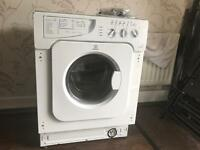 Indesit (Integrated) Washer/Dryer