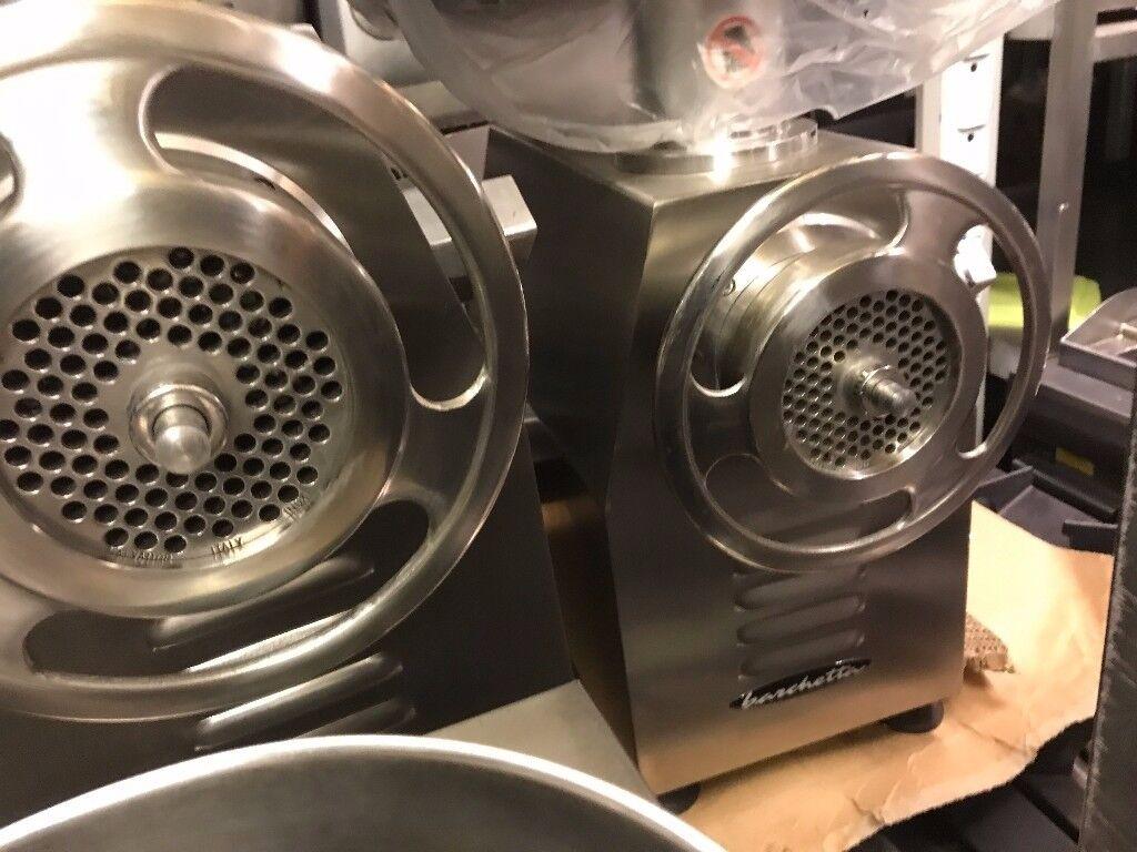 CATERING COMMERCIAL NEW MEAT MINCER GRINDER MACHINE 22 BBQ KEBAB CHICKEN BUTCHER RESTAURANT SHOP