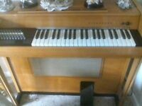 Farfis pianorgan.