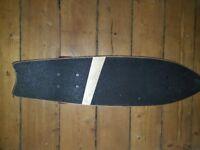 Retro-style cruiser skateboard